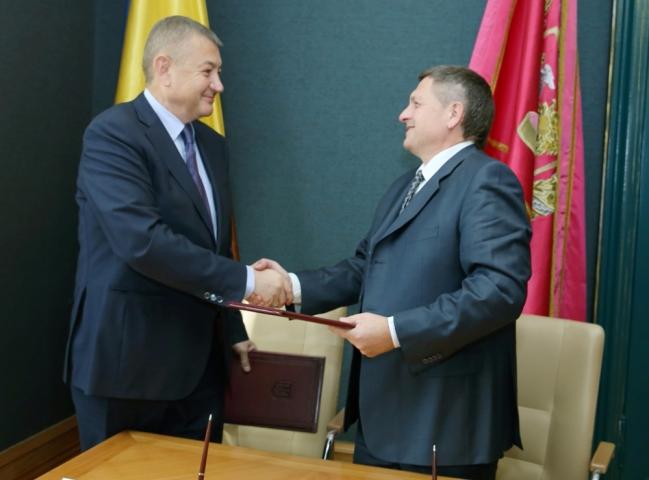 Подписан Меморандум о сотрудничестве между Харьковским облсоветом и Ассоциацией частных работодателей